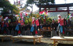 20121021梅田春日祭り1