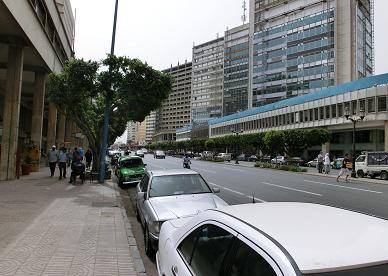 カサブランカ駅からホテルへ14