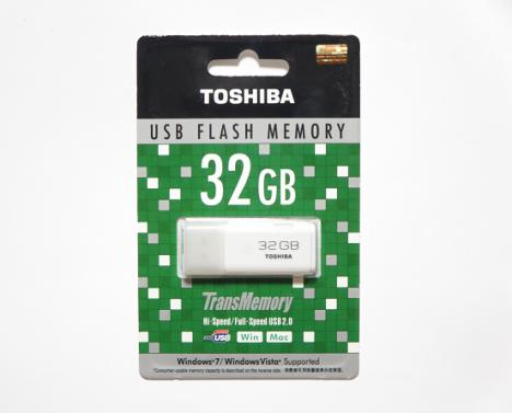 TOSHIBA USB 32GB