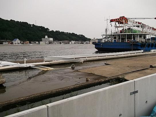 tonami_minato90_2012082005