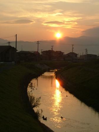 芳野川の夜明け前