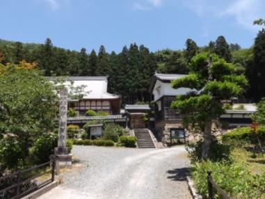 羽賀寺と西津の山並