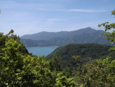 小浜湾と久須夜ヶ岳