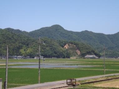 天ヶ城遠望(南東から)