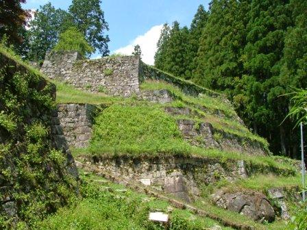 岩村城東曲輪の六段石垣