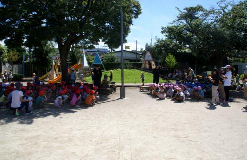2006-04-11 24年9月、8月誕生会、お店やごっこ、四街道さつき幼稚園園外保育 127 (800x518)