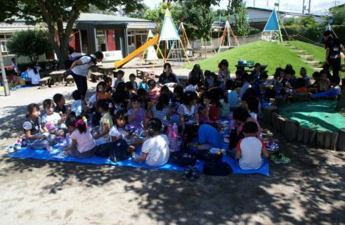 2006-04-11 24年9月、8月誕生会、お店やごっこ、四街道さつき幼稚園園外保育 162 (800x521)
