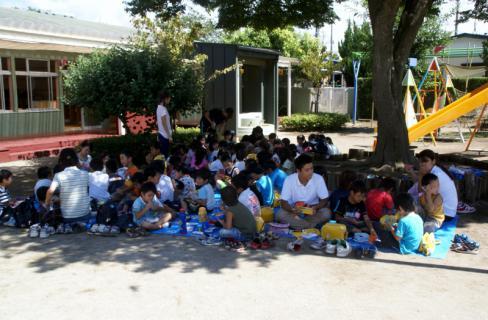 2006-04-11 24年9月、8月誕生会、お店やごっこ、四街道さつき幼稚園園外保育 165 (800x524)