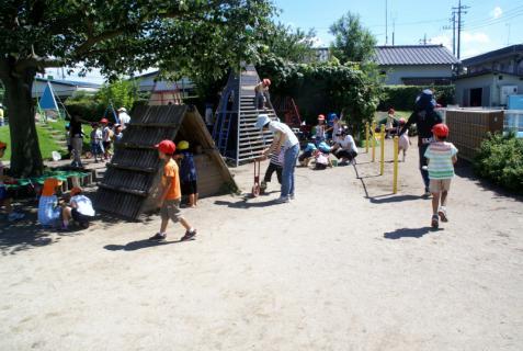2006-04-11 24年9月、8月誕生会、お店やごっこ、四街道さつき幼稚園園外保育 136 (800x536)