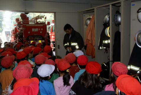 2006-06-08 24年度消防署 012 (800x535)