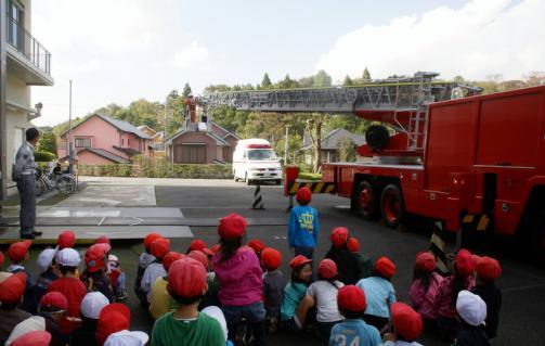 2006-06-08 24年度消防署 043 (800x508)