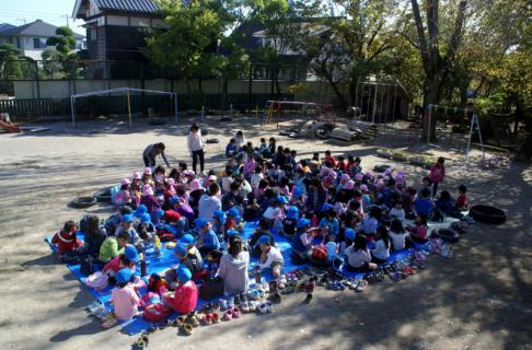 2006-06-09 24年度四街道さつき幼稚園来園 024 (800x526)
