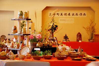 「諸葛辺焼(しょかつべやき)・陶芸展