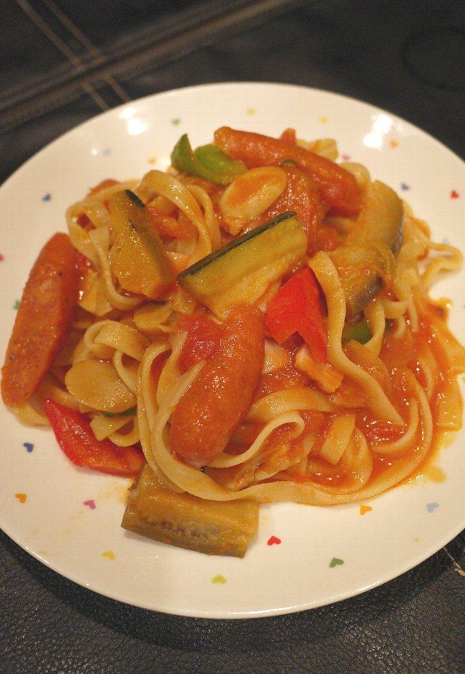 夏野菜の辛口トマト