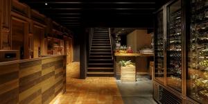 キハチ2階へ
