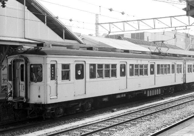 M7889-182.jpg