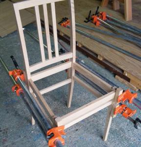 椅子、幕板