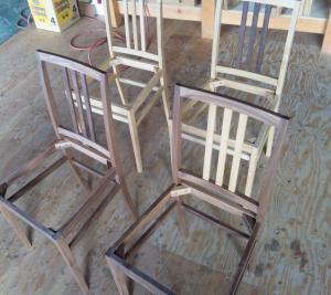 椅子、幕板完成