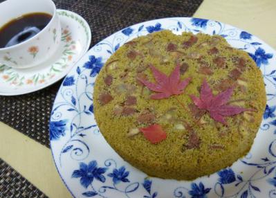 栗の抹茶ケーキ