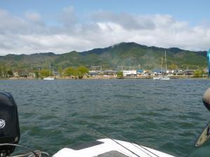 湖上からの景色