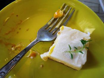 チーズケーキ最後のヒトクチ