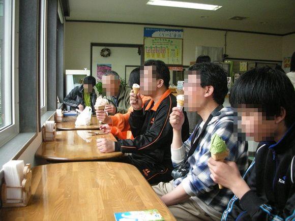 2012年5月3日~クリーム童話・しまふくろう7