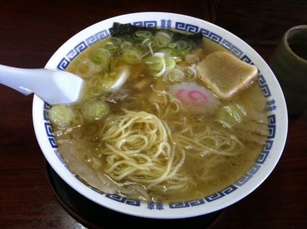 ラーメン小柳 チャーシューメン 麺