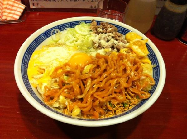 麺屋 十郎兵衛 ジャンクカレーチッ(大盛り) 二杯目 麺