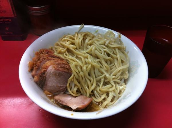 ラーメン二郎 環七一之江店 汁なし ニンニク ブタ入り 麺