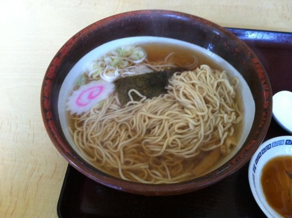 久米食堂 中華そばギョーザセット 麺