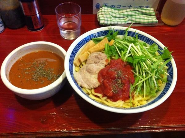麺屋十郎兵衛 バジル香るイタリアントマトカレーつけ麺