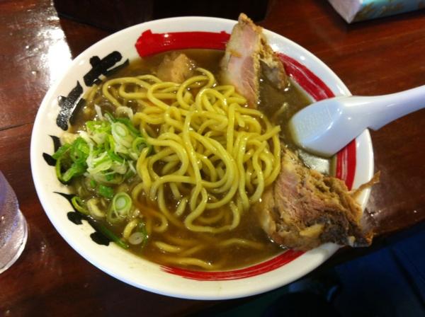 中華そば 醤 豚王煮干しそば 麺