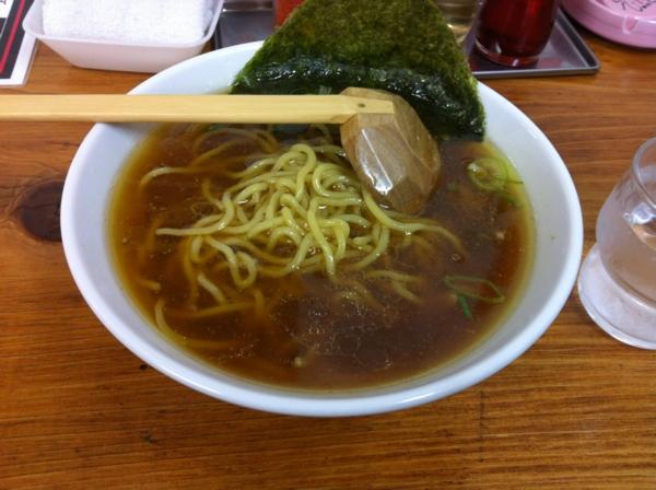 ラーメン鈴夜 醤油ラーメン(太麺) 麺