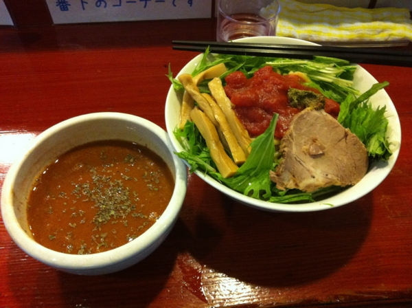 麺屋十郎兵衛 バジル香るイタリアントマトカレーつけ麺 二杯目