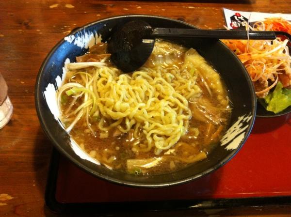 ちゃあしゅう屋新白河店 白河とろ〜りワンタン麺 麺
