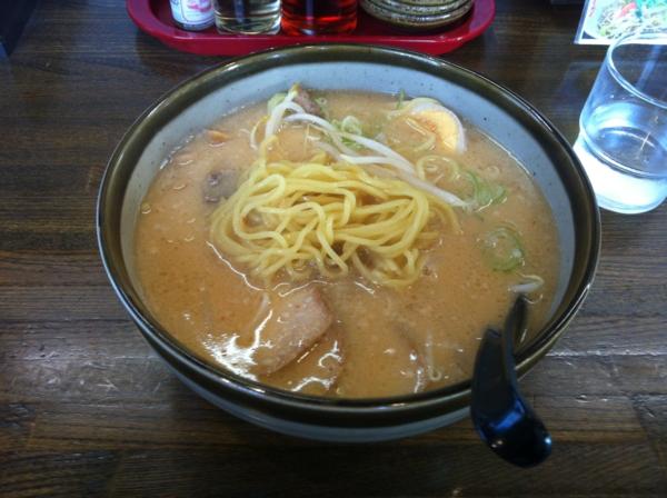 壱麺 古川総本家 みそとんこつトロ肉らーめん 麺