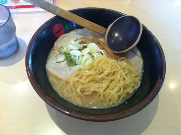 天下一品盛岡店 天下一品叉焼麺 麺