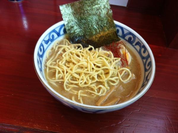 麺屋十郎兵衛 豚頭骨煮干豪麺 麺