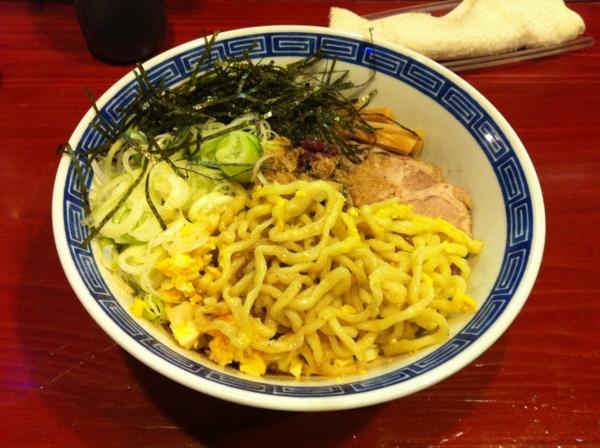 麺屋十郎兵衛 梅と鰹の油そば 麺