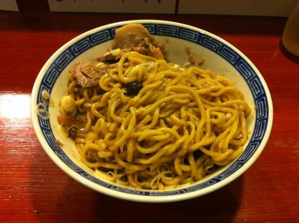 麺屋十郎兵衛 秋のキノコの油そば 麺