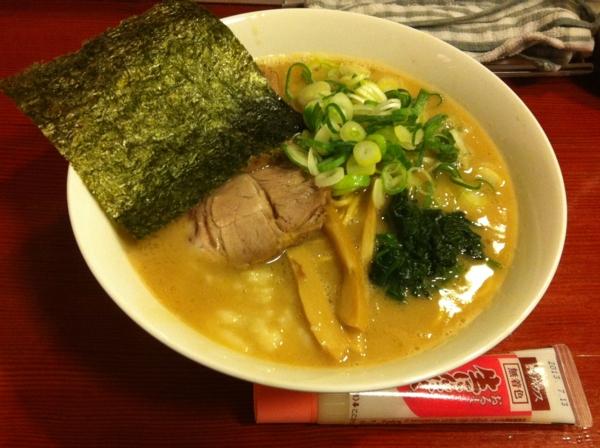 麺屋十郎兵衛 十郎家らーめん(四杯目) ニンニク