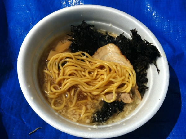AKITA大ラーメン博  ラーメン潤 背脂煮干し中華そば 岩海苔トッピング 麺