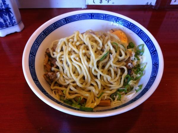 麺屋十郎兵衛 秋のキノコの油そば(二杯目) 麺