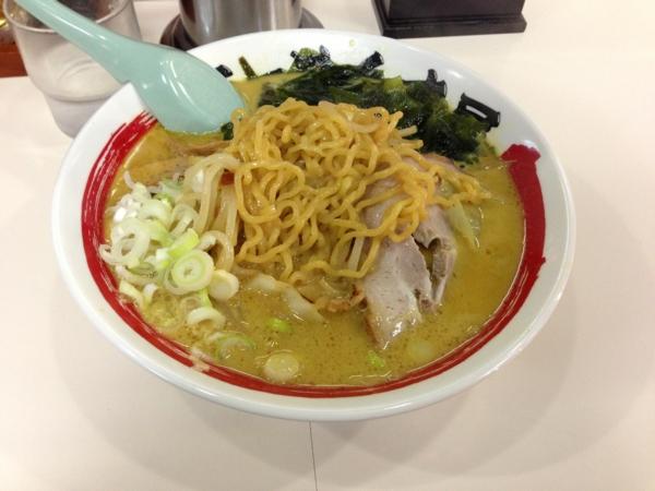 らーめん丈屋美郷店 味噌野菜カリー牛乳ラーメン(二杯目) 麺