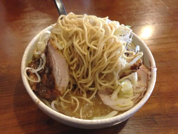 らーめん丈屋協和店 丈二郎(醤油、オリジナルマー油) 麺