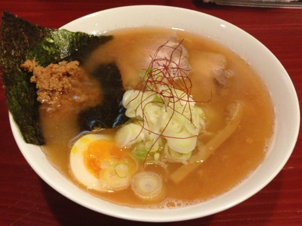 麺屋十郎兵衛 豚頭骨海老そば(三杯目)