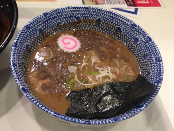茨島マルハン「ごはんどき」中華蕎麦とみ田 半熟味玉炙りチャーシュー つけ汁