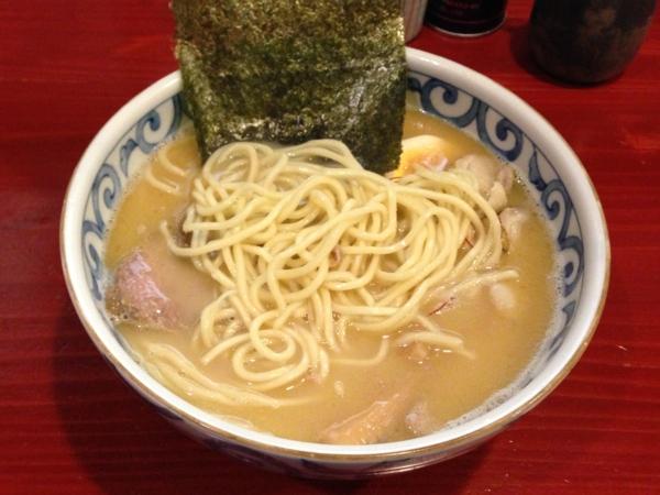 麺屋十郎兵衛 帆立貝ホワイト(二杯目) 麺