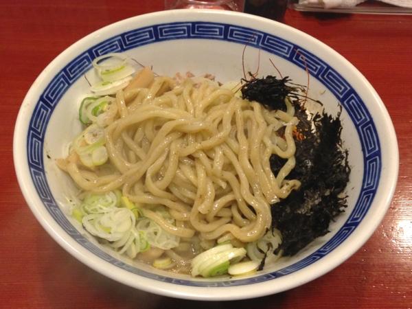 麺屋十郎兵衛 ニボブラー (二杯目) 麺硬め 麺