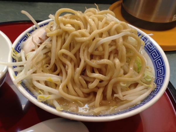 優勝軒秋田店 富士ラーメン 麺